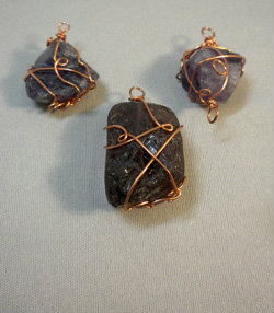 Beadology Iowa Class Wire Wrapping Stones Kirkwood Community College Education Program