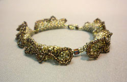 Beadology Iowa Elegant Netting Bracelet
