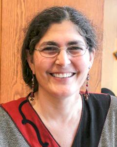 Beadology Iowa Karen Kubby Owner