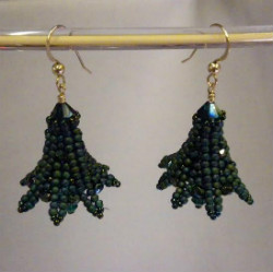Beadology Iowa Classes Herringbone Flower Earrings