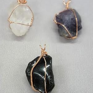 wire-wrapping-stones_wirework_Beadology-Iowa