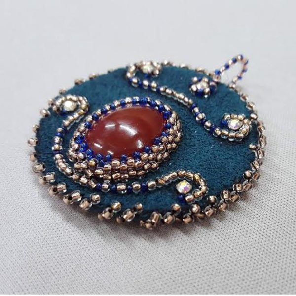 embroidery-cabochon_pendant_beadology-iowa