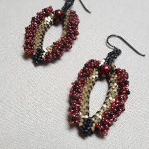 vagearrings_earrings_Beadolgy-Iowa
