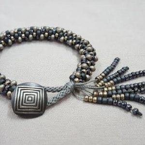 kumihimo_bracelet_tassle-button_Beadology-Iowa