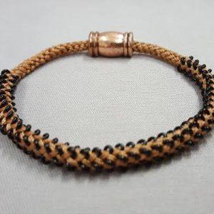 kumihimo_edo-yatsu_bracelet_Beadology-Iowa