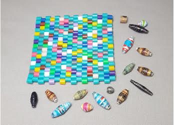 Winter-Bead-Camp_Mug-Rug_Paper-Beads_Beadology-Iowa