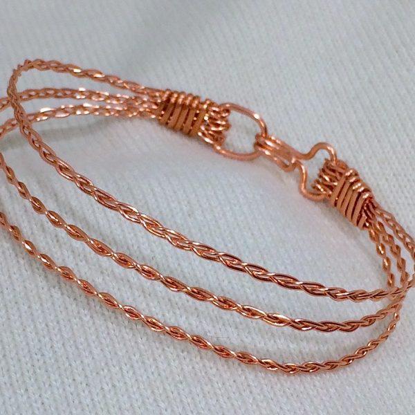 Zanetta-Hoehle_Braided-Wire-Triple-Decker-Bracelet_Beadology-Iowa