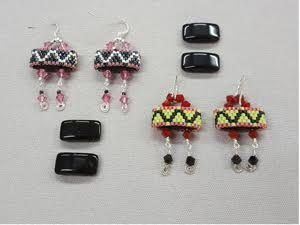 carrier-bead-peyote_earrings_Beadology-Iowa