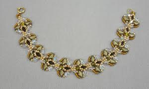Tulip-Bracelet_2-hole-beads_Beadology-Iowa
