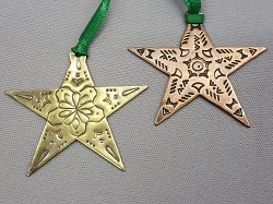 Maggie-Joynt_Metal-Star-Ornament_Beadology-Iowa