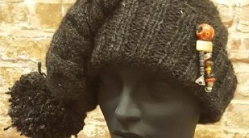 "2019 Bead Challenge--Martinne Dunnwald--""Reuben & Jet's Hat"""